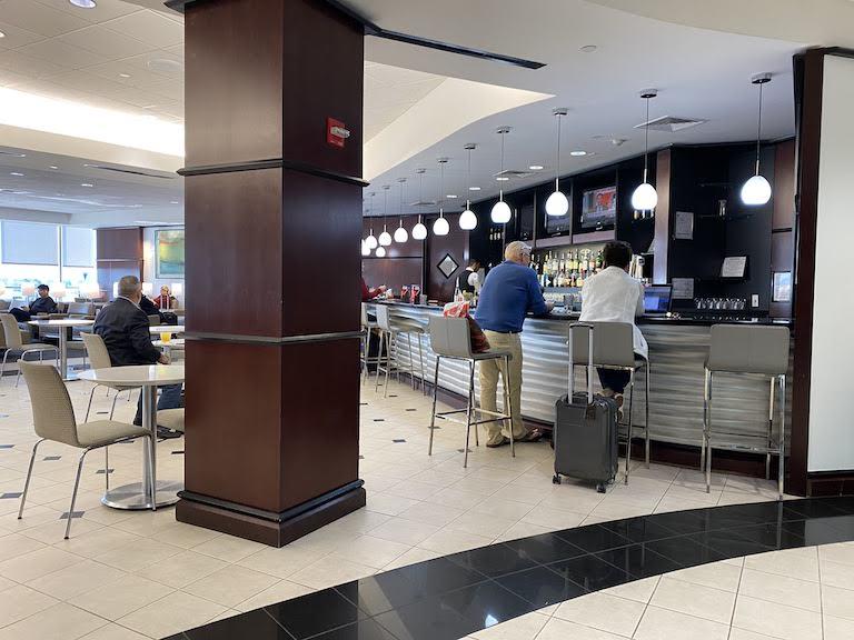 ヒューストン国際空港 ユナイテッドクラブ バー