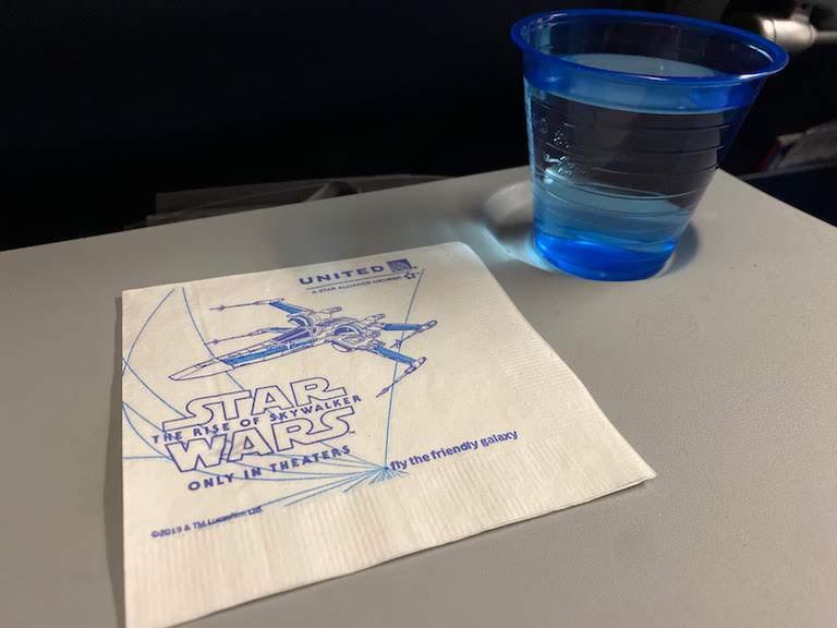 ユナイテッド航空機内サービス