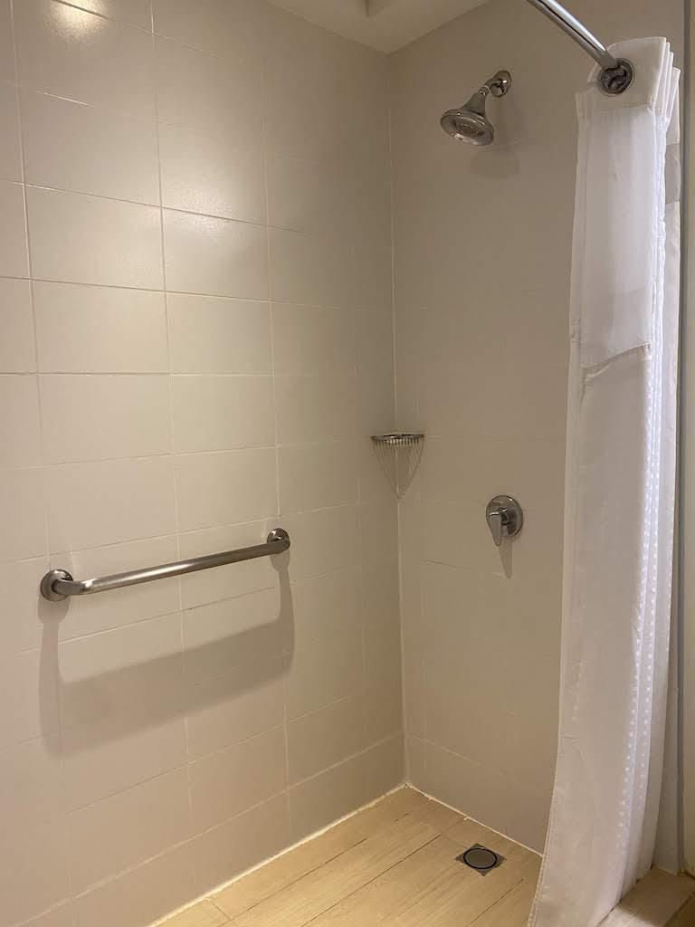 ホリディインパナマ シャワー