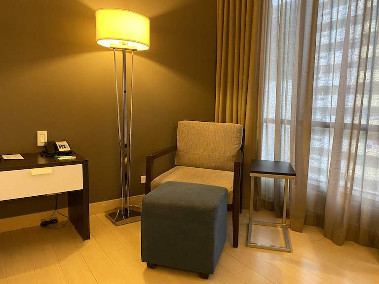 ホリディインパナマ 椅子