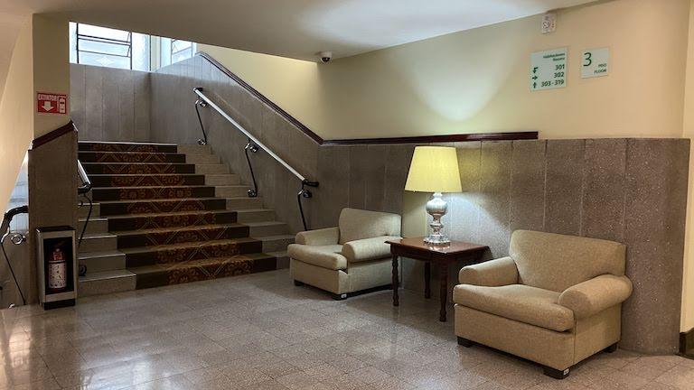 Holiday-Inn-Guadalajara 階段