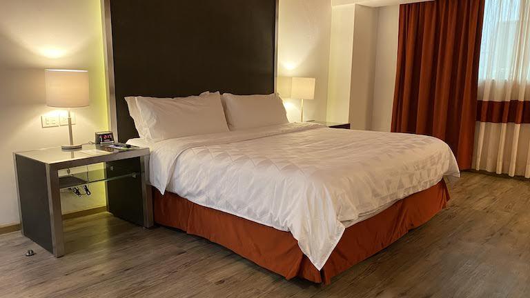Holiday Inn Mexico Buenavista 部屋