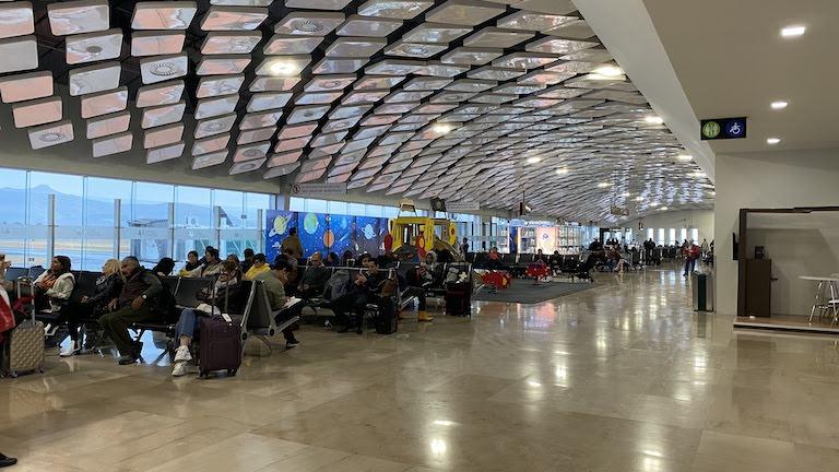 レオン デル・バヒオ国際空港 (BJX)