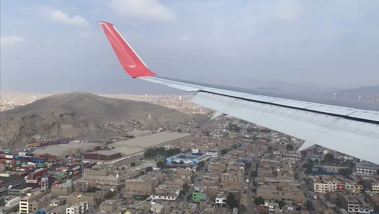 LATAM航空リマ上空