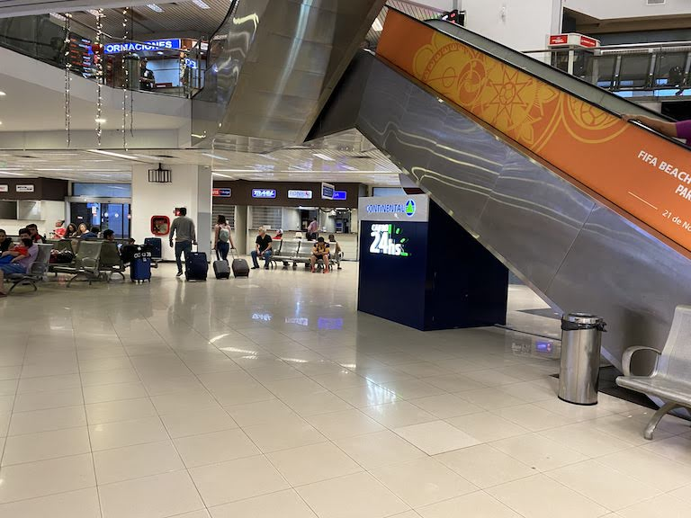 シルビオ・ペッティロッシ国際空港