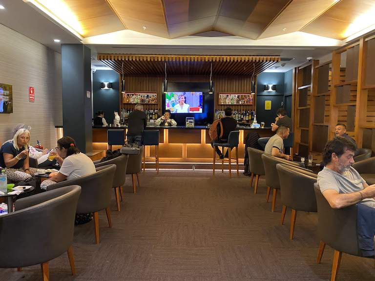 HANAQ VIP LOUNGE バー