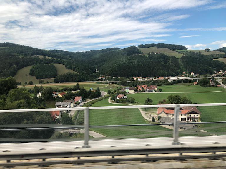 ウィーン - グラーツ間の風景