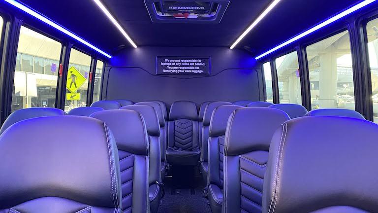 ヒルトンSFO 送迎バス