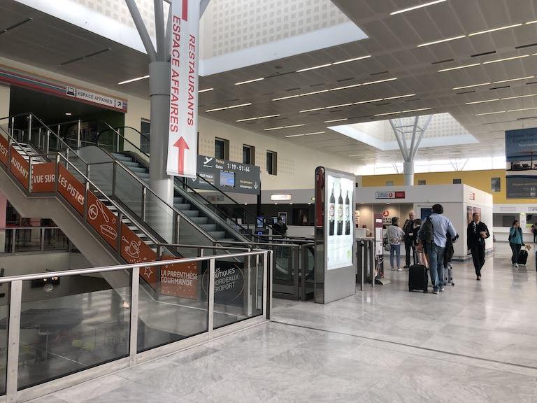 ボルドーメニアック空港