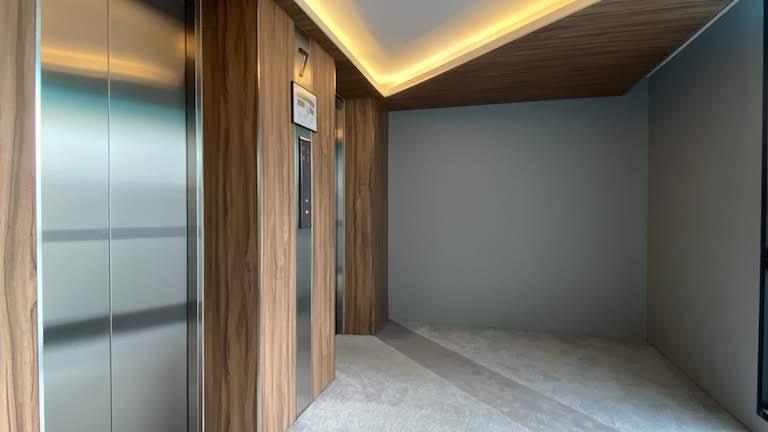 Vibエレベーター