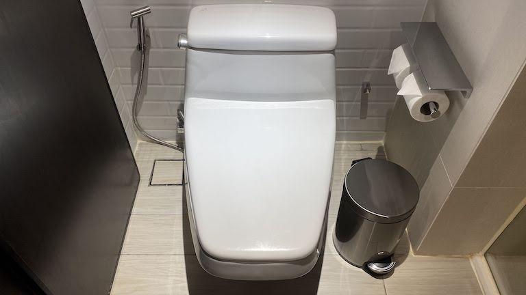 ダブルツリーバンコクプロエンチット トイレ