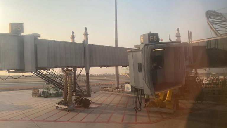 マレーシア航空 ビジネスクラス 到着
