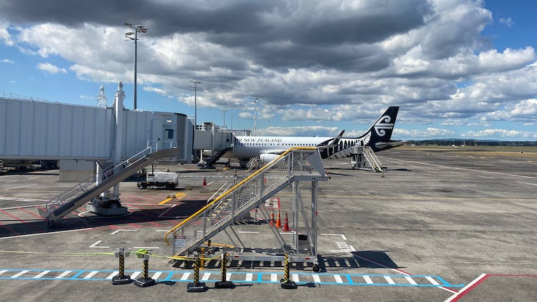 オークランド国際空港 ニュージーランド航空