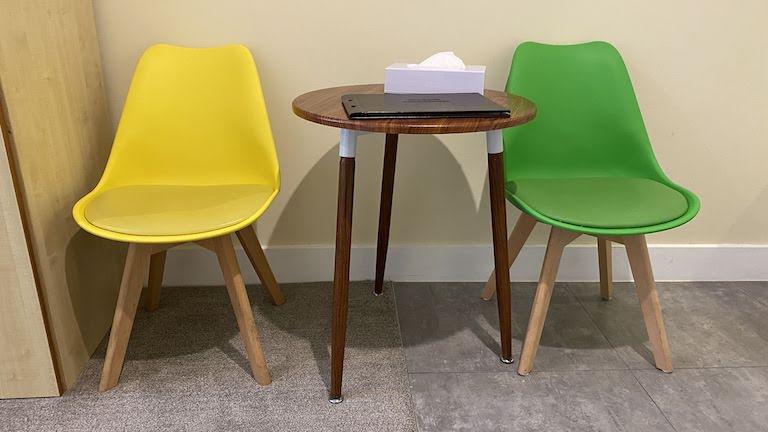 グランドセントラルサービスドアパートメンツ テーブル&チェア