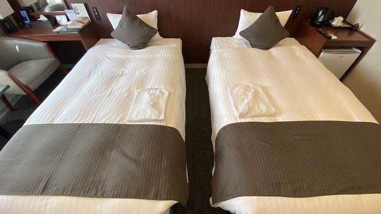 ホテルアザット那覇 ベッド