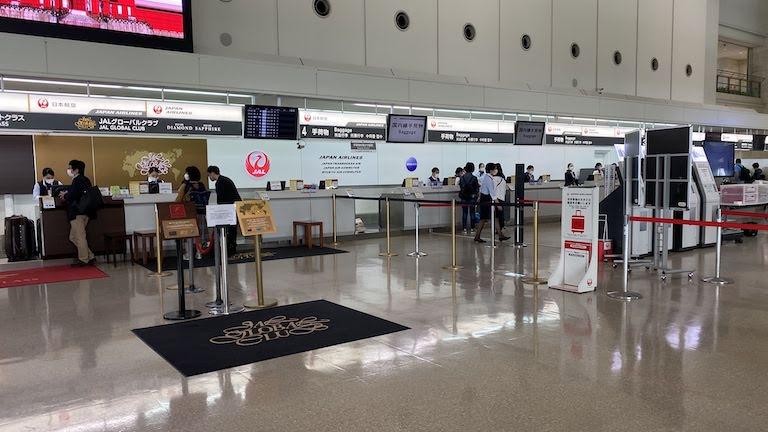 那覇空港 JALチェックインカウンター