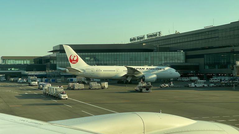 JAL国際線プレミアムエコノミー 成田国際空港