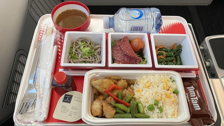 JAL国際線プレミアムエコノミー 機内食